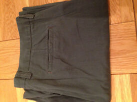 "GAP Loose Fitting Khaki-Coloured Khaki Trousers (never worn) (34""W x 32""/34""L) JUST REDUCED"