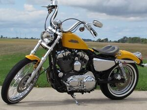 2013 harley-davidson XL1200V Seventy-Two   Chrome Yellow Pearl & London Ontario image 3