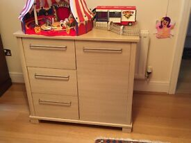 Mamas and Papas Horizon Dresser and Changer