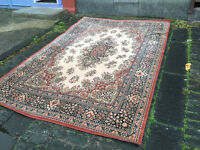 Charming Large Traditional Persian 100% Wool Beige Rug 300cm long x 200cm wide