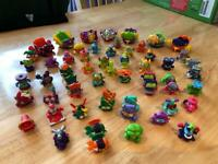 Super Zings mini figures and 7 cars