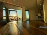 1 bedroom flat in Ealing Road, Brentford, TW8 (1 bed) (#1125600)