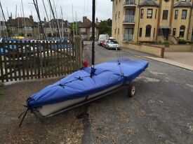 Laser 3000 Dinghy (with extra sails) - ready to sail