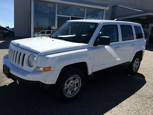 2013 Jeep Patriot NORTH ONLY 49KM NO ACCIDENTS 4dr FWD Sport/Nor Kitchener / Waterloo Kitchener Area image 2