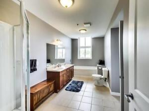 Bright & Spacious 1 Bedroom Haileybury Apartment for Rent w/ AC