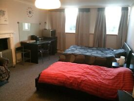 spacious double room in clifton village