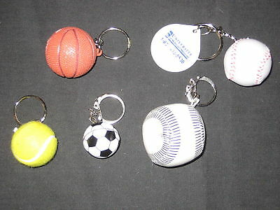 5 diff Sports Ball  keychains                 de1