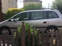 Zafira 2.2. Selling as spares and repairs. Bottom of engine knocks other than that in good condition