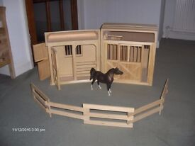 Breyer wooden horse stable