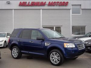 2010 Land Rover LR2 HSE 4WD / HEATED LEATHER/ PANO SUNROOF