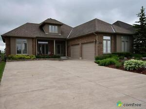 $939,900 - Bungalow for sale in Welland
