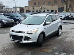 FORD ESCAPE SE 2014/4X4/AC/CRUISE/GROUP ELECT/CAMERA/BLUETOOTH!!