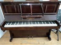 Piano (Joseph Bishop & Co )