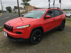 2017 Jeep Cherokee HIGH ALTITUDE SAVE OVER $10,000! 4X4 V6!