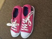Pink size 4 heeleys