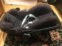 Maxi Cosi Pebble capsule/car seat