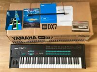 Yamaha DX7 Digital FM Synthesizer + Original Box, Manuals & Music Sheet Stand