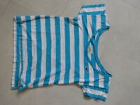 blue and white stripe hollister top size small