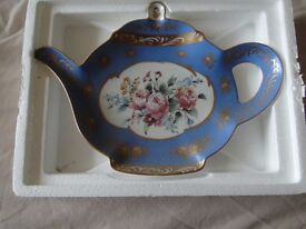 Franklin Mint, Teapot shaped plate, boxed, excellent xmas gift