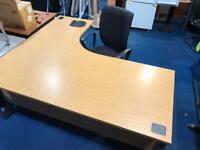 Large Desk & Drawer Set