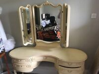 Beautiful genuine vintage dressing table, stool, 2 bedside tables and chest of drawers