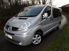 NO VAT 61 RENAULT TRAFIC LL29 SPORT DCI PASSENGER 9 SEATER MINI BUS SILVER 1 YEARS MOT