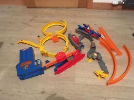 Hot Wheels Super Loop Track Set - FREE