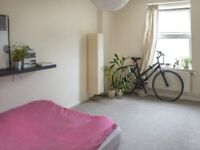 Short term let or holiday rental - 1 bedroom flat in Old Street/Shoreditch