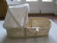 Moses Basket, Baby carrier & Baby bath