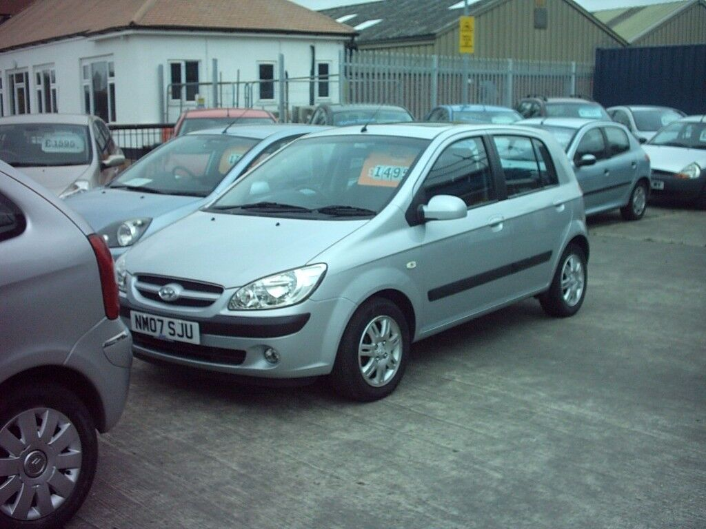 colchester hyundai getz 1.4 5 door , silver, good history super condition 01206 397415