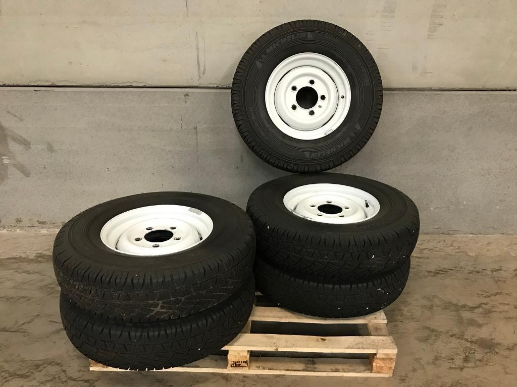 Land Rover Defender/Series wheels