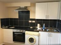 bright self-contained studio flat to let @ CT17 9SP excellent location near station available now !!