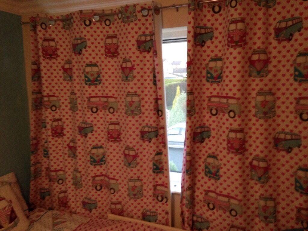 Girls dun elm Bedding and curtain set