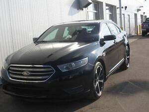 2014 Ford Taurus SEL AWD/Leather/Nav/Roof/HtdSeats/SiriusXM