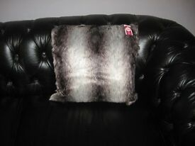 1 FAUX FUR CUSHION HUSKY NEW WITH TAGS HEART OF HOUSE