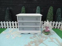 SOLID PINE FARMHOUSE DOVETAIL CHEST OF DRAWERS PAINTED WITH LAURA ASHLEY PALE DOVE & GREY COLOUR
