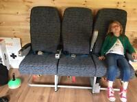 Boeing 438 seats bargin
