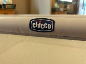 Chicco next to me cot