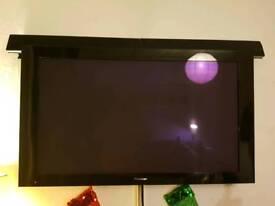 PLASMA Pioneer Flat Screen & Sony surround sound