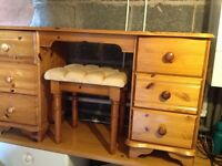 Pine dressing table and chair