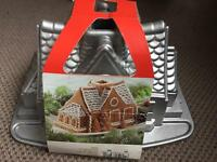 Gingerbread house cake baking tin