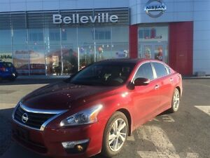 2014 Nissan Altima 2.5 SL with tech package!