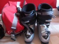 ski boots mens technica size 10 with bag. worn for 3 weeks skiing, some scuffs but good condition