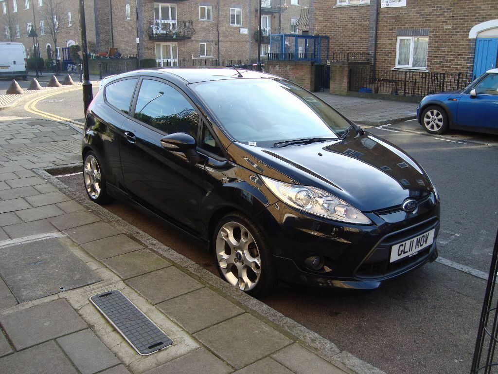 ford fiesta zetec s manual 3 door black 1 6 petrol 2011. Black Bedroom Furniture Sets. Home Design Ideas