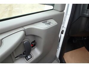 2015 GMC Savana Cargo Van, 4.8L V8, 27,266 KMs, Bucket Seats Edmonton Edmonton Area image 13