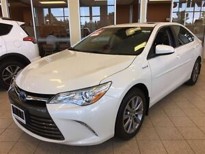 2017 Toyota Camry Hybrid XLE - Fully Loaded with Extras!