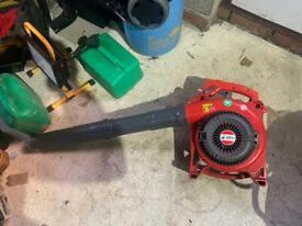 Petrol leaf blower selling as spares or repairs