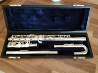 Flute for sale with a curved head excellent condition