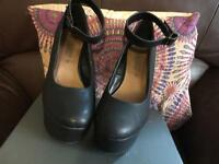 Ladies Platform Shoes