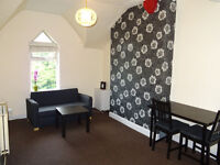 1 bed fully furnished flat only £395 monthly near Trafford centre and M60